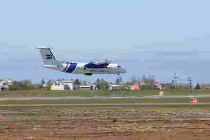 TF-SIF Dash-8-Q300 low pass
