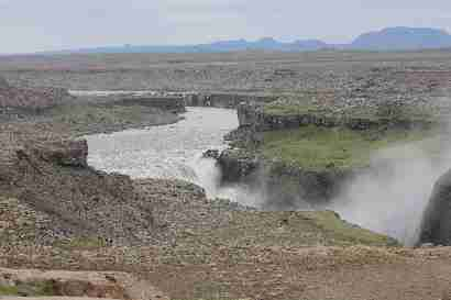 Dettifoss and Selfoss in distance