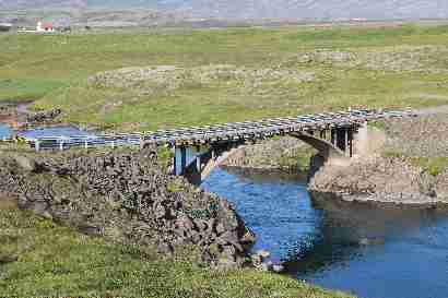 Bridge over Breiðdalsá at Heydalir