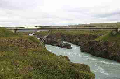 New bridge over Skjálfandafljót at Goðafoss