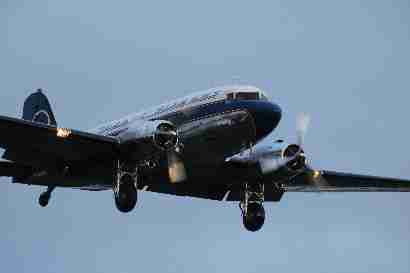 DC-3 Liberty on final